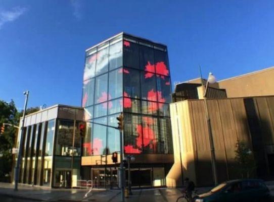 LED灯塔点亮渥太华国家艺术中心 项城